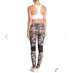 MSP by Miraclesuit Reversible Camo Combo Leggings